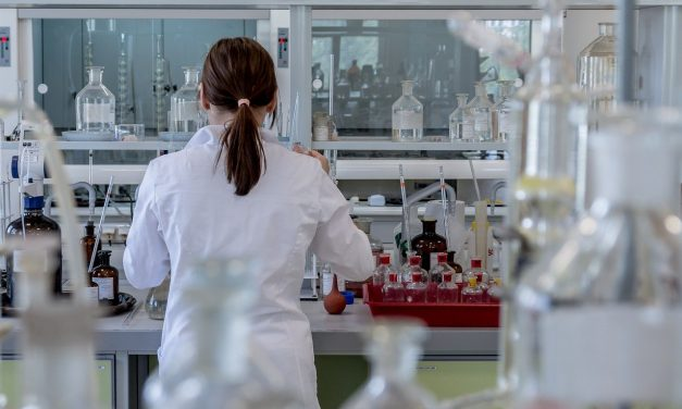 Cancer Industry Not Looking For A Cure; They're Too Busy Making Money